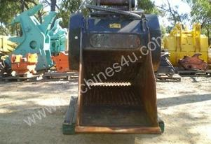 Bost 2008 Jaw Crusher Bucket