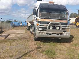 Mercedes Benz  2550 prime mover - picture1' - Click to enlarge