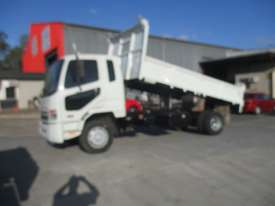 FUSO FK 62 TIPPER - picture1' - Click to enlarge