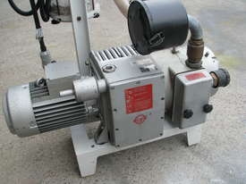 Industrial Vacuum Pump - 3kW - Becker KVT 2.100 - picture2' - Click to enlarge