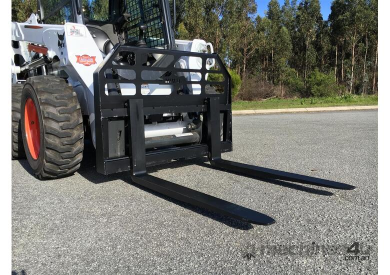 Skid Steer 1500kg Pallet Forks - Certified to AS2359