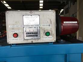 ELEPHANTS FOOT COMPACTOR BALER - picture2' - Click to enlarge