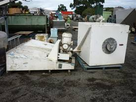 Tumbler or Cube Mixer - picture0' - Click to enlarge