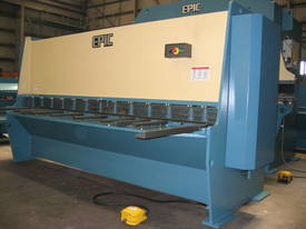 EPIC 3070 x 6.5mm Over Driven Individual Clamp Hydraulic Guillotine   - picture9' - Click to enlarge