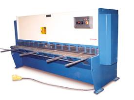 EPIC 3070 x 6.5mm Over Driven Individual Clamp Hydraulic Guillotine   - picture0' - Click to enlarge