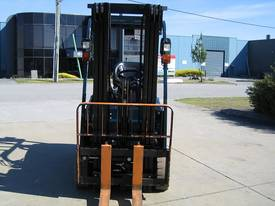 TOYOTA 1.5t Battery/ Electric  with LOW HOURS - picture2' - Click to enlarge