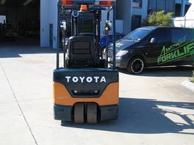TOYOTA 1.5t Battery/ Electric  with LOW HOURS - picture12' - Click to enlarge