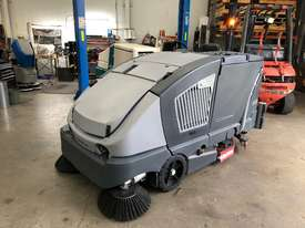 EX Demo Nilfisk CS7000 LPG Sweeper/Scrubber - picture1' - Click to enlarge