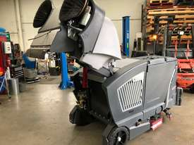 EX Demo Nilfisk CS7000 LPG Sweeper/Scrubber - picture2' - Click to enlarge