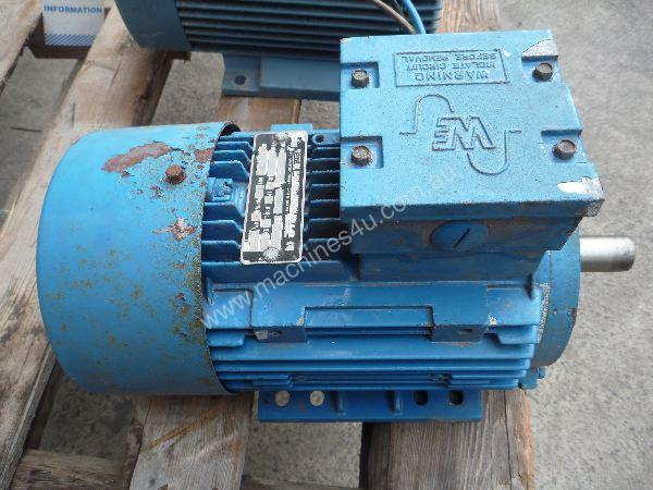 WESTERN ELECTRIC 2HP 3 PHASE ELECTRIC MOTOR/ 1440
