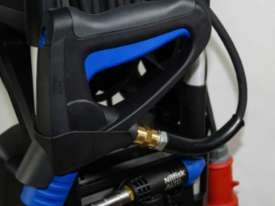 New Industrial Gerni Blue Pressure Cleaner MC 4M - picture6' - Click to enlarge