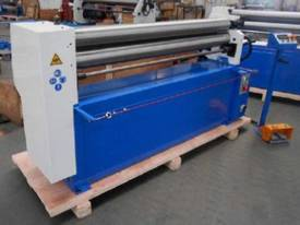 ACCUROLL New 1300 x 2.5 ESR Motorised Sheet/ Rolls  - picture0' - Click to enlarge