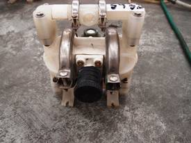 Diaphragm Pump - In/Out:12mm. - picture0' - Click to enlarge