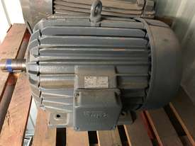 18.5 kw 25 hp 6 pole 415 v AC Electric Motor - picture0' - Click to enlarge
