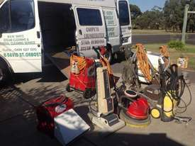 Complete set of Cleaning equipment + Ford Transit  - picture2' - Click to enlarge