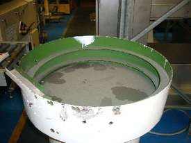 Cap Unscrambler / Vibrating Feeder Bowl - picture15' - Click to enlarge