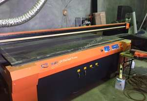 Skyjet 2400 x 1200 UV curable flatbed printer