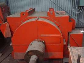 670 kw 900 hp 4 pole 3300 v AC Electric Motor - picture0' - Click to enlarge
