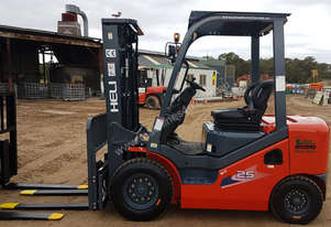 **SPECIAL OFFER** HELI 2500 KG DEUTZ DIESEL FORKLIFT ONLY $19,990 + GST