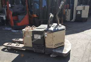 CROWN 60PE RIDE ON PALLET MOVER PALLET TRUCK 3000KG CAPACITY $3,499+GST