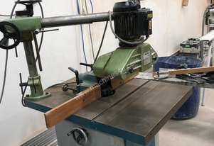 Great little spindle moulder with auto feed