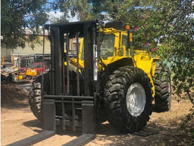 14T LiftKing (3m Lift) LK1600 4WD All Terrain Forklift - picture2' - Click to enlarge