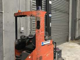 BT  Reach Forklift Forklift - picture2' - Click to enlarge