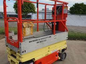 JLG 19FT SCISSOR LIFT - picture3' - Click to enlarge