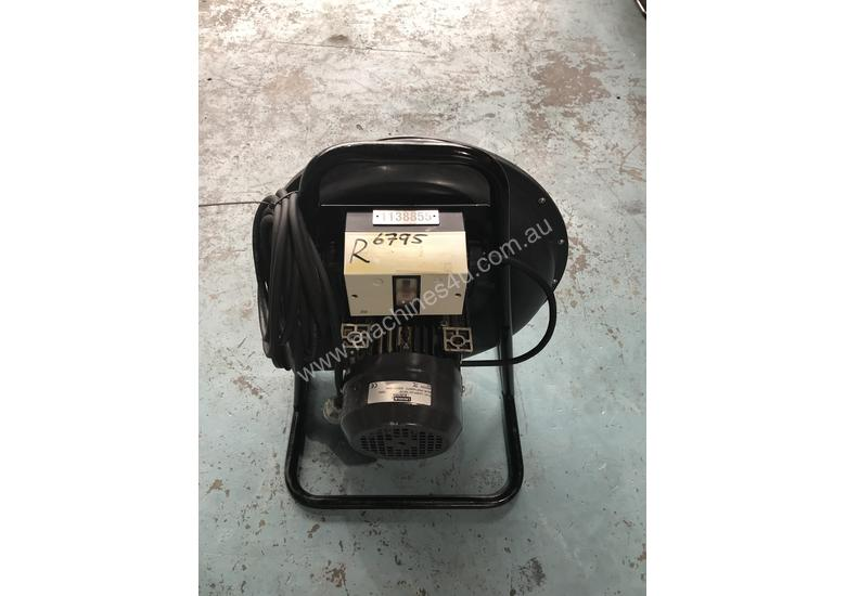 Welding Fume Extraction Fan Lincoln Electric 240 Volt Power Air Blower Mobiflex 10