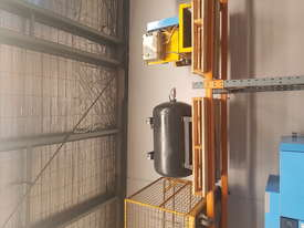 Air Compressors - picture4' - Click to enlarge