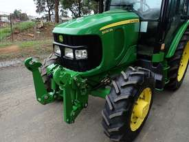 John Deere 5090RN FWA/4WD Tractor - picture16' - Click to enlarge