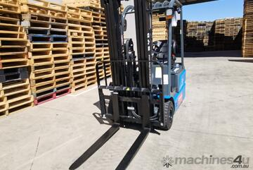 Brand   BYD ECB16 1.6T 3 Wheel Lithium Electric Counterbalance Forklift in Stock!
