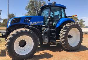 New Holland 2013   T8.360