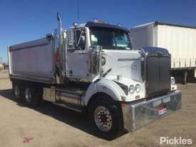 2015 Western Star Constellation 4800 FX - picture0' - Click to enlarge