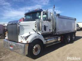 2015 Western Star Constellation 4800 FX - picture2' - Click to enlarge