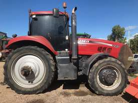 Case Magnum 245 Tractor - picture0' - Click to enlarge