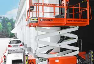 SNORKEL S2255RT ROUGH TERRAIN SCISSOR LIFT