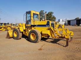 1994 Komatsu WA250-1 Wheel Loader *CONDITIONS APPLY* - picture2' - Click to enlarge