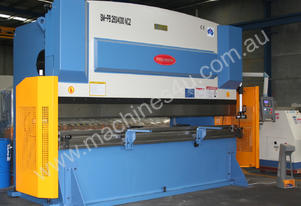 4000MM X 260TON NC PRESSBRAKE - TABLE CROWNING