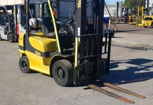 Yale 2500kg LPG Forklift with 4590mm Three Stage Container Mast