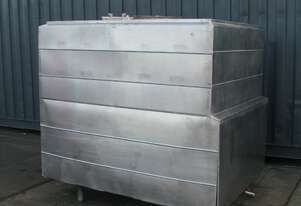 Jacketed Stainless Steel Holding Tank Vat - 3000L - Wilson Tyler