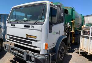 Iveco 2350G side Loader Garbage Compactor