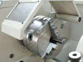 AL-336D DELUXE Centre Lathe 300 x 900mm Turning Capacity Includes Digital Readout, Quick Change Tool - picture6' - Click to enlarge