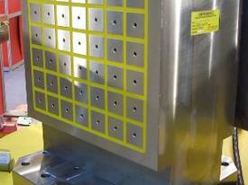 Tombstone Chucks for Horizontal Machining Centres - picture10' - Click to enlarge
