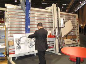 Schmalz JumboErgo Vacuum lifter / CNC Loader - picture10' - Click to enlarge