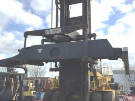 Clark Omega 54DCH Container Handler - REDUCED