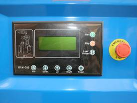 German Rotary Screw - 25hp / 18.5kW Air Compressor - picture1' - Click to enlarge