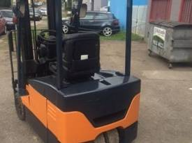 Used electric Toyota 7FBE18 forklift - picture2' - Click to enlarge