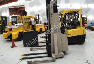 Crown   20IMS64A Walkie Stacker