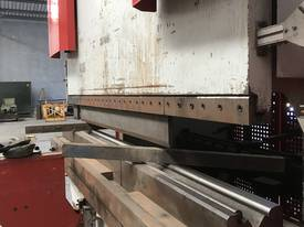 Baykal APHS-3125 Pressbrake 3.1M x 500 Ton - picture2' - Click to enlarge